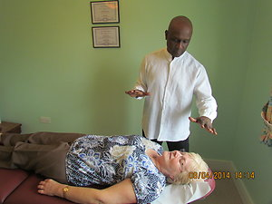 Reconnective Healing . Practitioner with Client during session